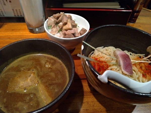 「カレーつけ麺(850円)+チャーシューごはん(200円)」@魔乃巣の写真