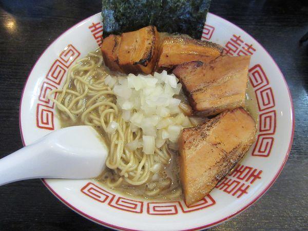 「蟹煮干の特濃中華ソバ(900円)+炙り豚+混ぜ玉」@煮干まぜソバ 水の写真