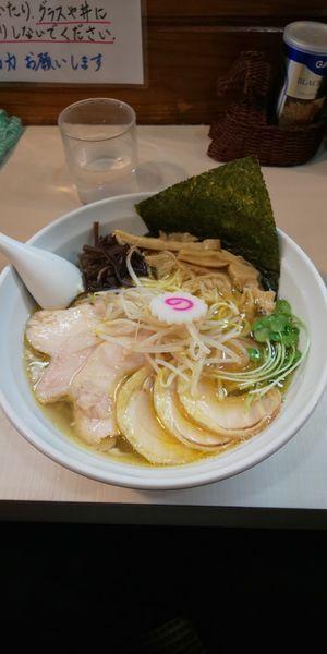 「魚介塩チャーシュー麺」@桜台らぁ麺 美志満の写真