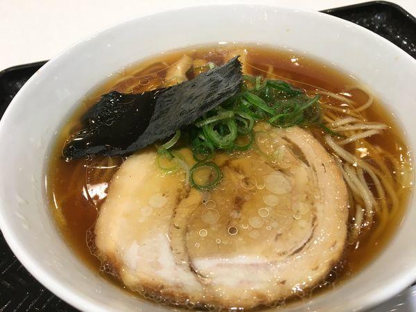 「醤油らぁ麺」@湘南 野の実 Terrace mall 湘南店の写真