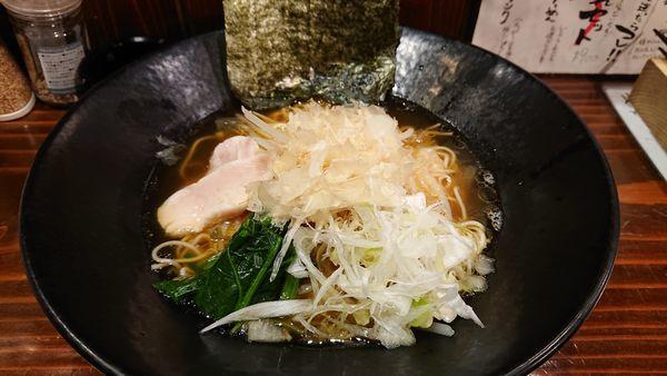 「鶏清湯醤油&ガリ酎ハイのおつかれセット(900円)」@鷹楽の写真