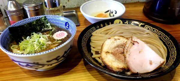 「つけめん(並)+生卵、チャーシューご飯」@中華蕎麦うゑずの写真