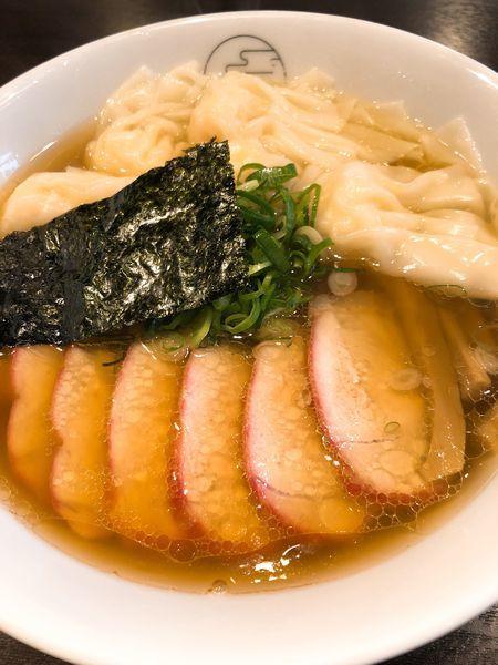 「チャーシューエビワンタン麺 (ミックス) ¥1550」@八雲の写真