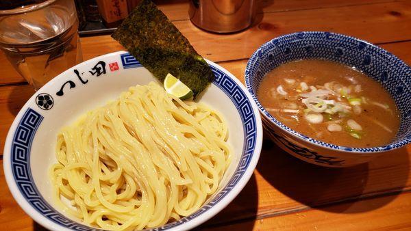 「つけ麺 880円」@つじ田 飯田橋店の写真