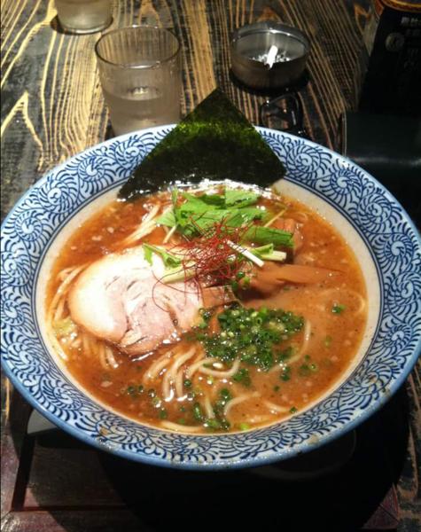 「魚介豚骨醤油」@らーめん 矢吹の写真