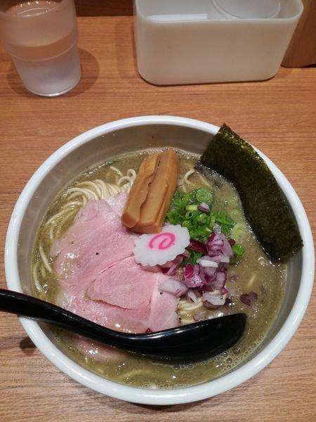 「銀の煮干そば:800円」@煮干中華そば 鈴蘭 新宿店の写真
