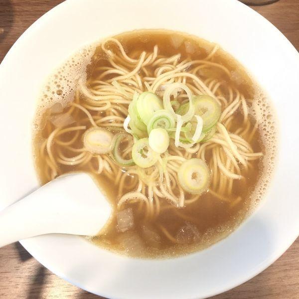 「比内鶏そば(小) 600 スープ増し100 麺少なめ」@自家製麺 伊藤 浅草店の写真