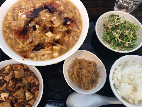 「Cランチ(スーラーメンほか)850円+ミニ麻婆丼200円」@四川料理 心の写真