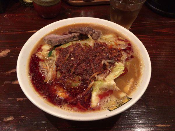 「辛辛濃菜麺 880円+揚げニンニク 20円」@濃菜麺 井の庄の写真