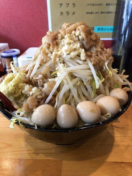 「小ラーメン(にんにく・あぶら)+生姜+うずら卵+生卵¥980」@ラーメン ほしのの写真