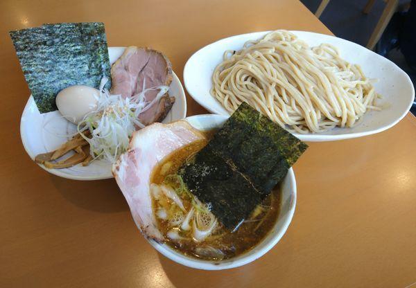 「月 木曜日 特製煮干しつけ麺」@らーめん マル汁屋の写真