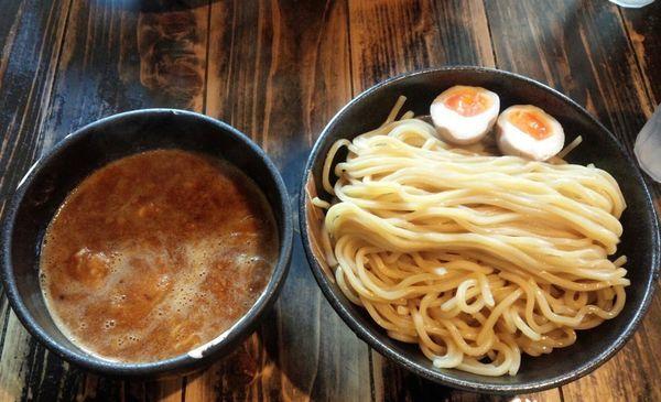 「つけ麺 中盛 +味玉」@つけめん屋 赤羽京介の写真