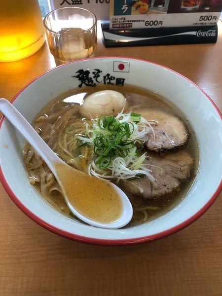 「鬼塩ラーメン+味玉」@鬼そば 藤谷の写真
