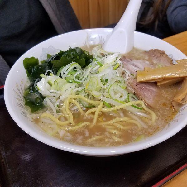 「豚骨醤油」@北海とんこつらーめん 純輝 白井店の写真