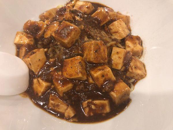 「麻婆麺:汁なし:麺少な目880円」@孫ちゃん食堂の写真