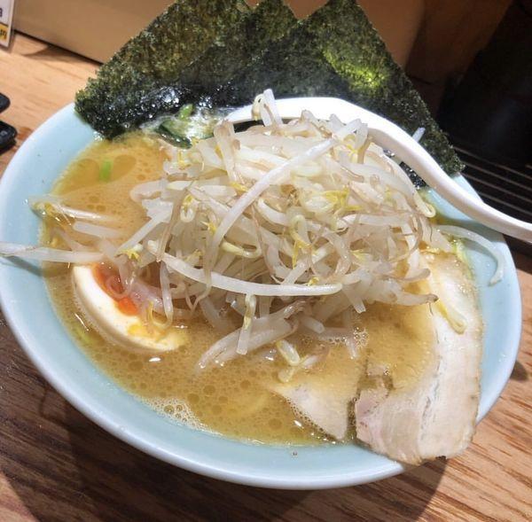 「もやし・野菜❓ラーメン」@横浜らーめん 壱八家 本厚木店の写真
