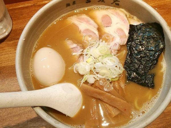 「味玉らーめん+チャーシュー」@麺屋吉左右の写真