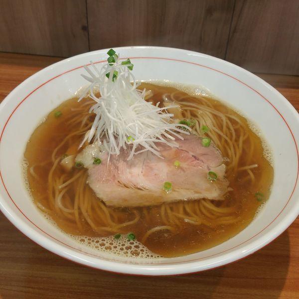 「煮干し醤油ら~麺」@ら~麺 安至の写真