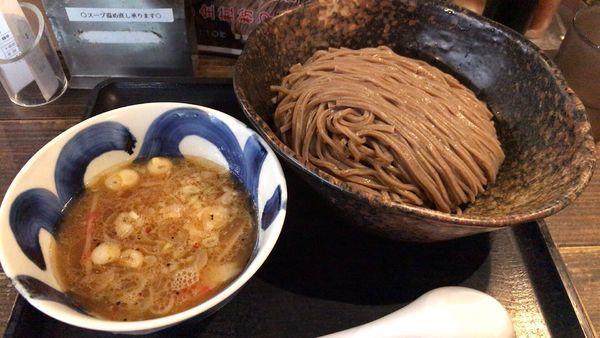 「全粒粉麺 魚介豚骨」@三ツ矢堂製麺 中目黒本店の写真