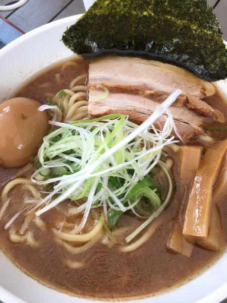「味玉特製魚介ラーメン(大盛り)」@らーめん麺蔵の写真