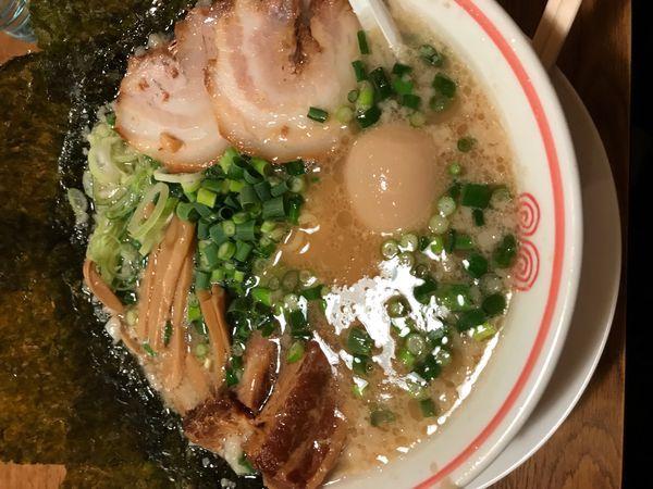 「とんとらこってり醤油」@東京とんこつ とんとら 深谷店の写真