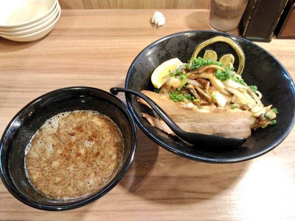 「期間限定 濃厚とんこつ秋刀魚つけ麺」@琉球島豚 麺屋なりよしの写真