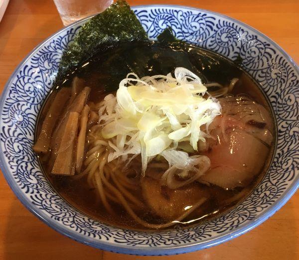 「醤油ラーメン(750¥)」@麺処 門つるの写真