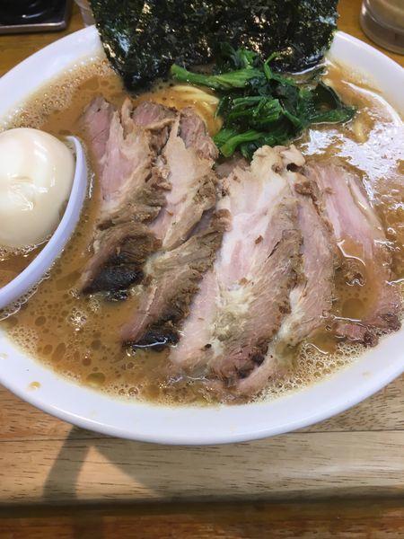 「チャーシューメン大盛味玉+半ライス」@らーめん 㐂輪の写真