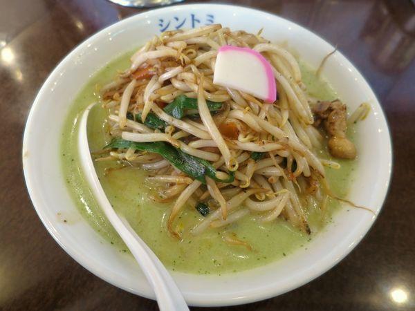 「濃厚バジルタンメン 830円+税」@極濃湯麺シントミ 本庄インター店の写真