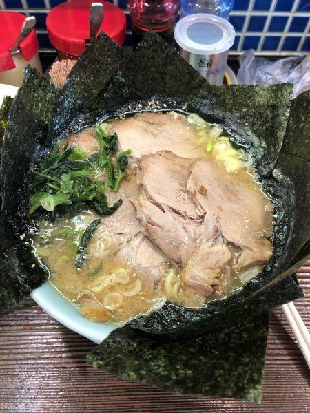 「豚骨醤油チャーシュー麺」@げんこつの写真