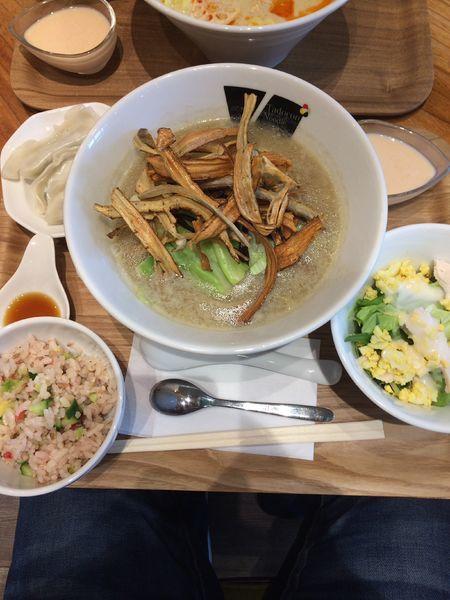 「[土日限定]黒のvege+水餃子セット1200円」@Vegetable Noodle Tadocoroの写真