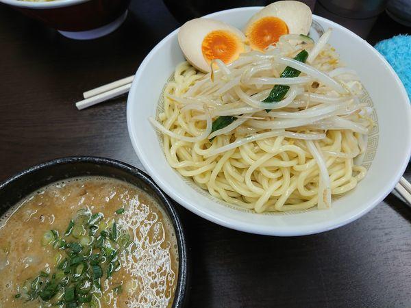 「【限定】炒め味噌つけ麺900円+味玉(スタンプ)」@中華蕎麦 丸め 東久留米店の写真