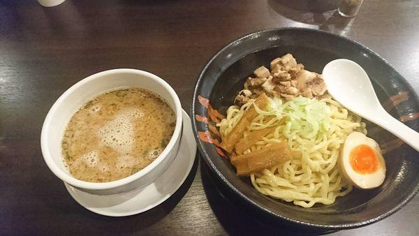 「味噌豚骨つけ麺」@高なべ 下岡本店の写真