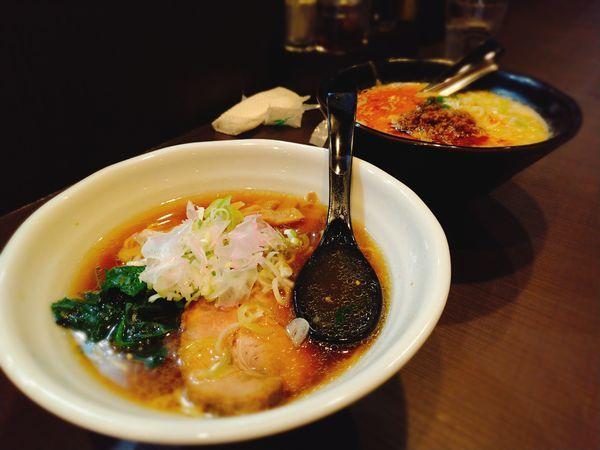 「支那そば(660円)&担々麺(820円)」@中華ひろとの写真