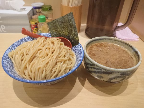「濃厚魚介つけめん 特盛」@麺屋 狢〜むじな〜の写真