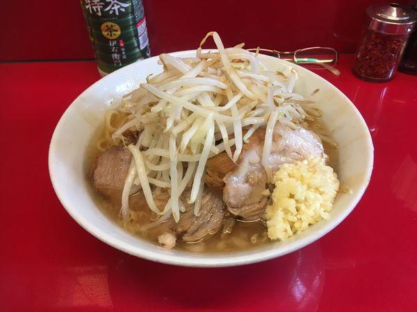 「ラーメン半分」@ラーメン二郎 西台駅前店の写真