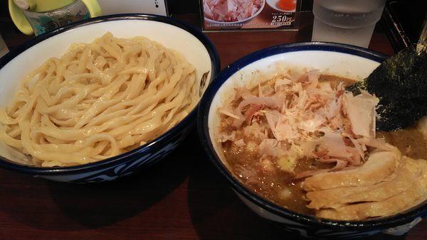 「つけ麺 + チャーシュー」@つけめん 玉の写真