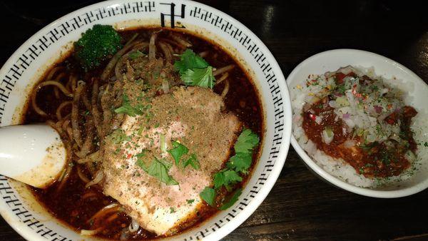 「スパイスラーメン+スパイス増し」@スパイス・ラー麺 卍力の写真