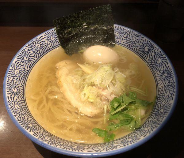 「淡麗塩そば +味玉」@麺屋 樹真の写真