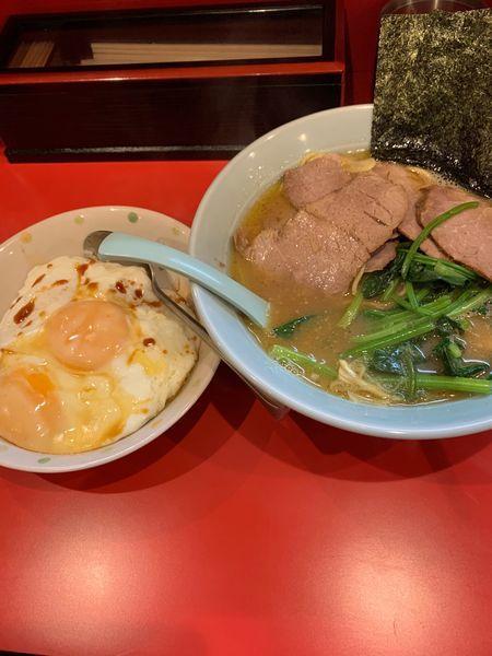 「チャーシューメン880円、目玉焼き丼280円。」@横浜家系ラーメン 黄金家の写真