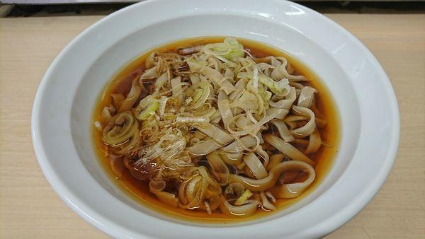 「かけ(そば)+田舎そば太麺(100円)=390円」@雑賀屋の写真