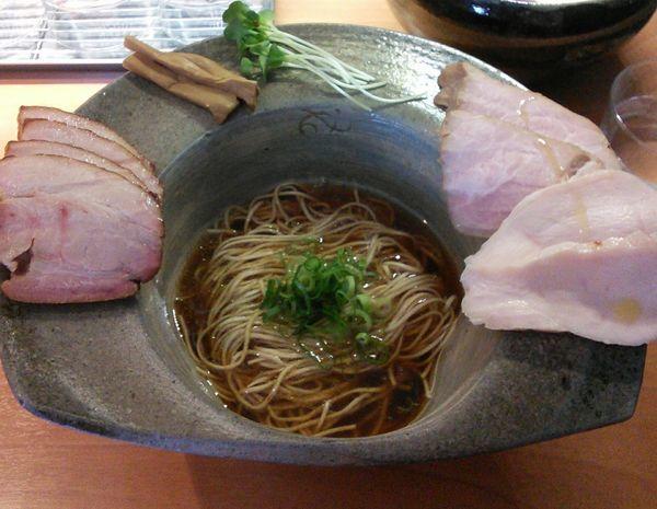 「メロウな醤油拉麺+チャーシュー 780円+250円」@拉麺 成の写真