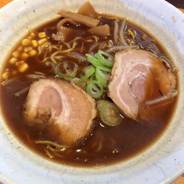 「熟成醤油らーめん 700円 餃子セット 200円」@旭川らーめん かじべえの写真
