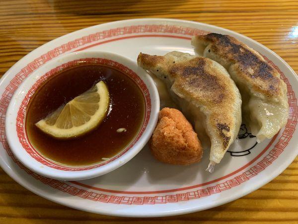 「餃子 白 2コ  210円」@五福星の写真