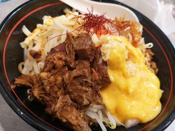 「太麺もやしまぜそば+チーズ増」@らーめん酒場 福籠 通町店の写真