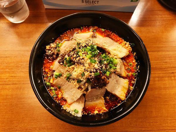 「肉入り担々麺」@小四川 神田店の写真