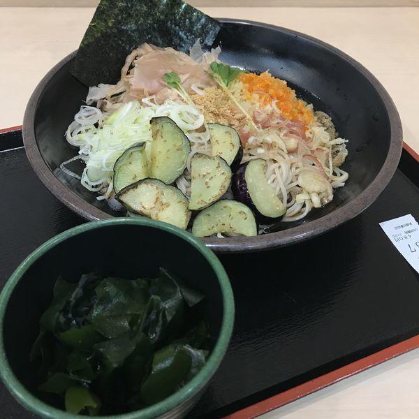 「薬味そば(¥480)+三陸わかめ(クーポン)」@ゆで太郎 新越谷駅前店の写真