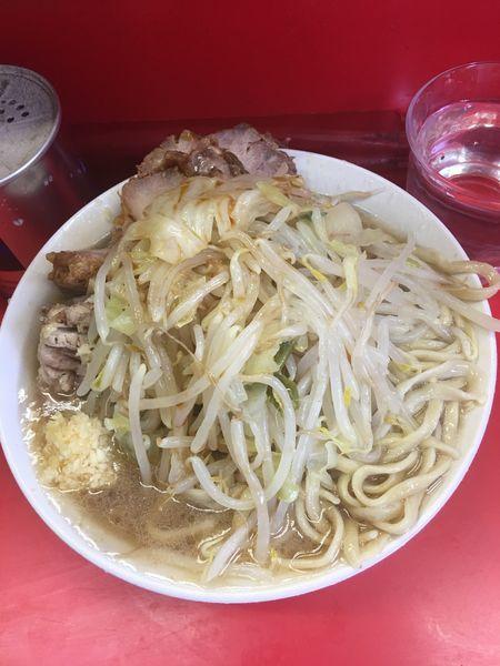 「豚入りラーメン」@ラーメン二郎 三田本店の写真