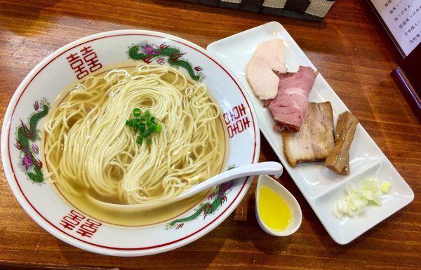 「あご節コーチータ 自家製麺ver. 大盛」@塩らーめん 千茶屋の写真