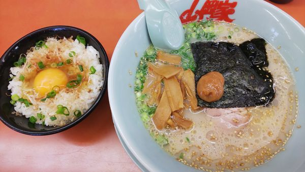 「朝ラーメン 450円」@ラーメン山岡家 桑名店の写真